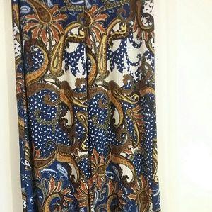 Pants - NWOT  Polyester Wide leg Palazzo Pants size L/XL